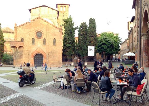 Bologna mit vielen Studenten