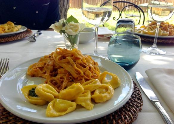 Tagliatelle und Tortelloni (Reiseblog und Foodblog Travel on Toast)