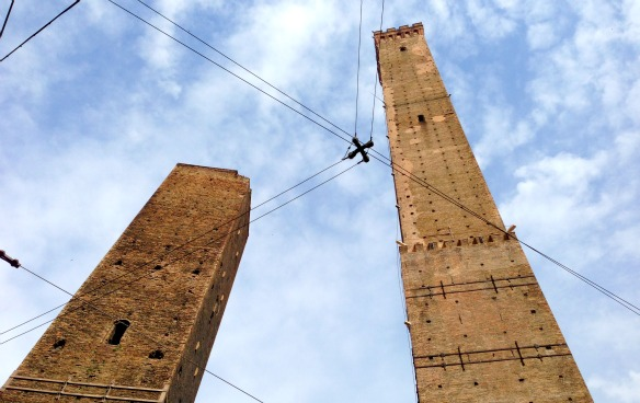 Die schiefen Türme von Bologna