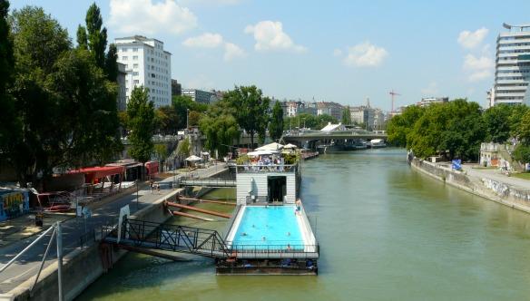 Badeschiff in Wien