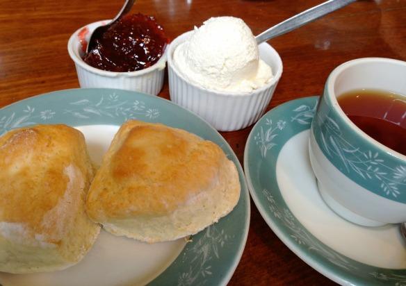 Essen in England - Cream Tea