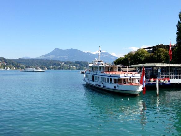 Travel on Toast, Reiseblog, Reiseblogger, Travelblog, Travelblogger, Foodblog, Foodblogger, Schweiz, Switzerland, Luzern, Lucerne, Vierwaldstättersee, Lake Lucerne, Innenstadt