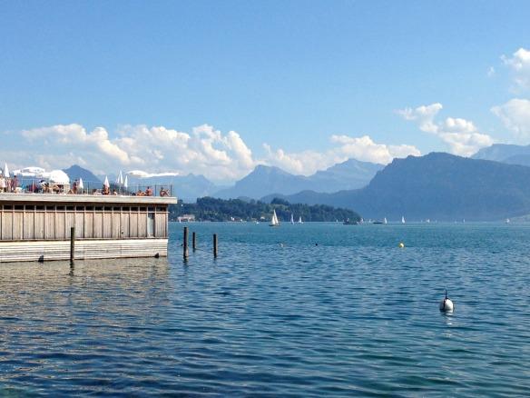 Travel on Toast, Reiseblog, Reiseblogger, Travelblog, Travelblogger, Foodblog, Foodblogger, Schweiz, Switzerland, Luzern, Lucerne, Vierwaldstättersee, Lake Lucerne, Seebad