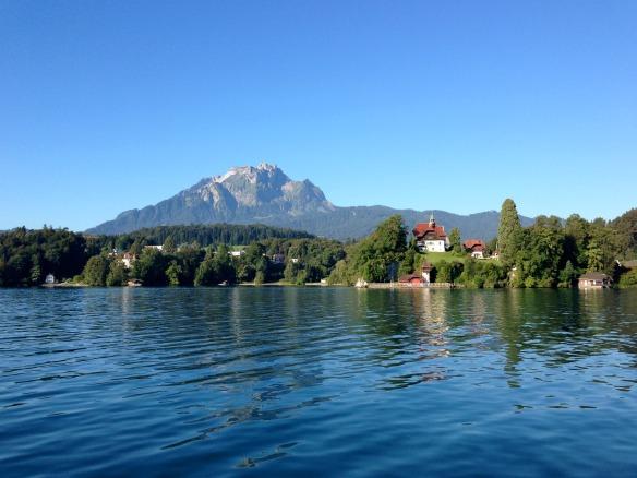 Travel on Toast, Reiseblog, Reiseblogger, Travelblog, Travelblogger, Foodblog, Foodblogger, Schweiz, Switzerland, Luzern, Lucerne, Vierwaldstättersee, Lake Lucerne