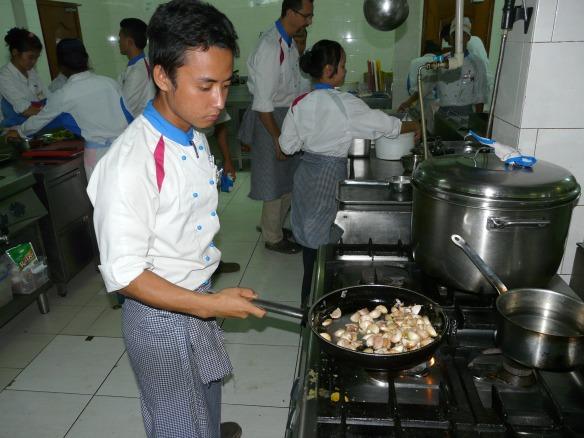 Don Bosco Hotel School - Küchendienst