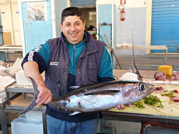 Sizilien - Erst Fisch, dann Cannoli