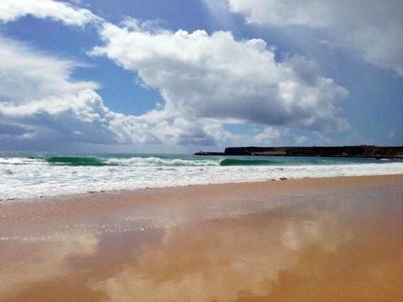 Yoga Urlaub - Strand beim Martinhal
