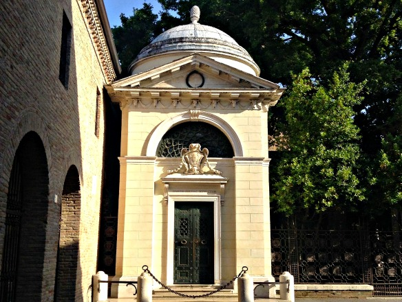 R_6_Ravenna in Italien - Dantes Grab