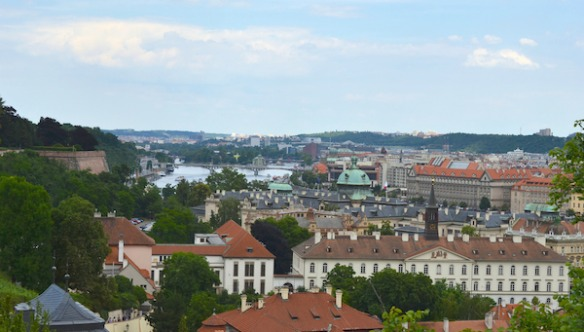 Foto 1- Blick auf Prag