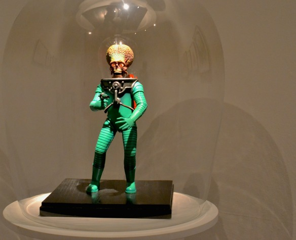 Foto 12- Mars Attacks-Figur von Tim Burton