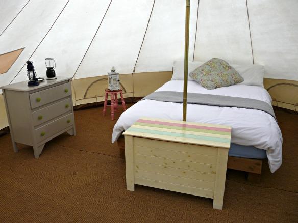 Das Glamping Zelt mit Doppelbett
