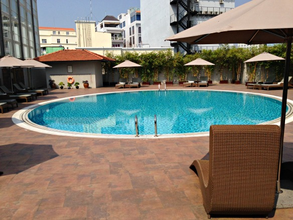 Mövenpick Hotel Saigon - Pool