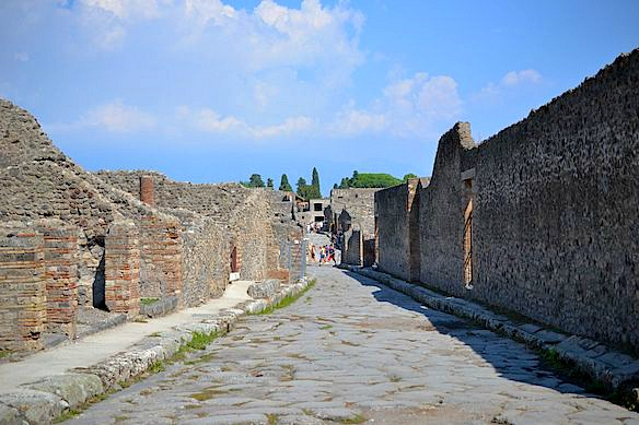 FoTo-P7-Gasse-in-Pompeji