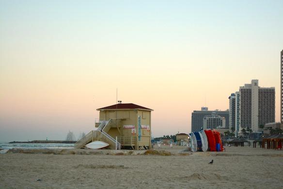 B4 Israel - Strand in Tel Aviv