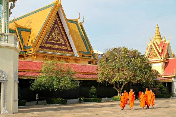 Phnom Penh Mönche Palast Kambodscha