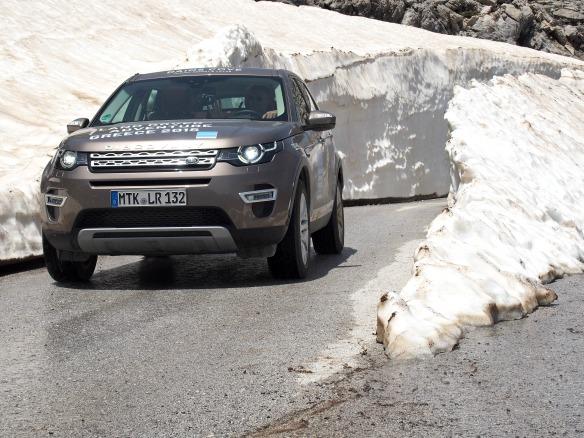 Autofahren durch Schnee