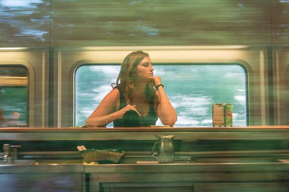 Ariane Bille im Zug