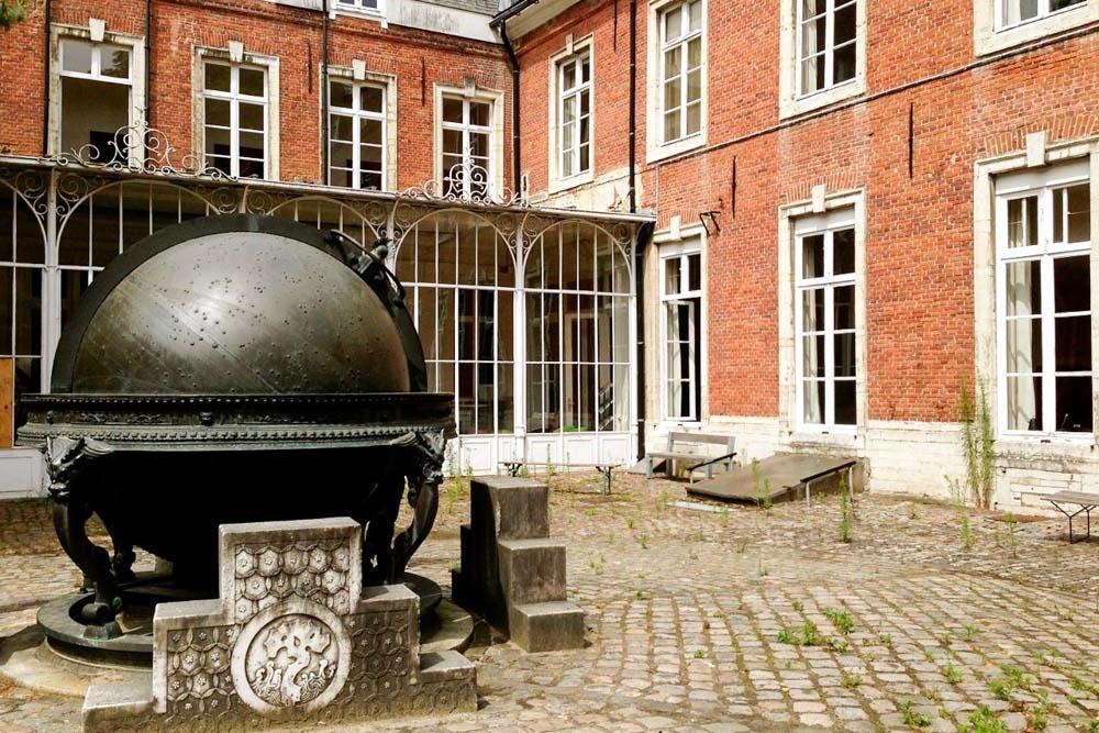 Universität Leuven