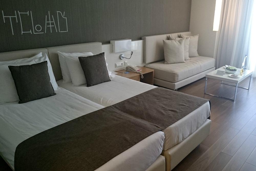 Avra Imperial Beach Resort & Spa Schlafzimmer