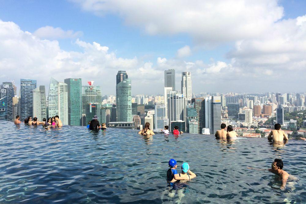 infinity pool in singapur reiseblog travel on toast. Black Bedroom Furniture Sets. Home Design Ideas