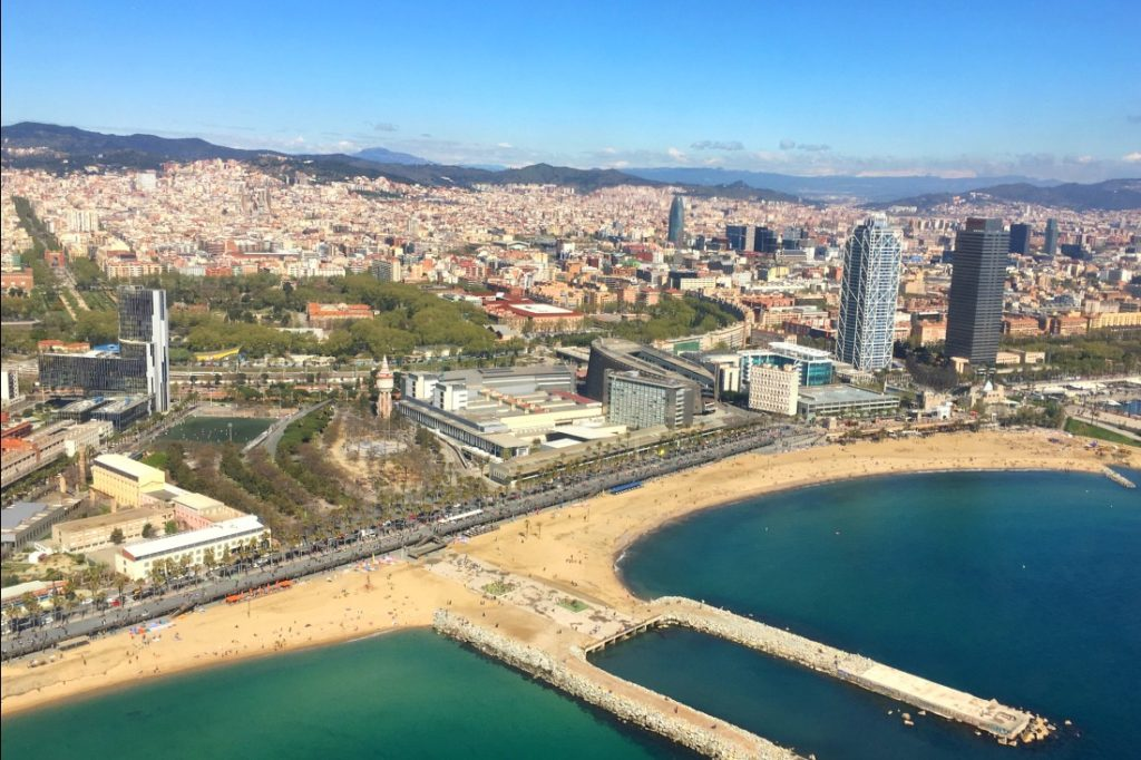 Helikopterflug über Barcelona