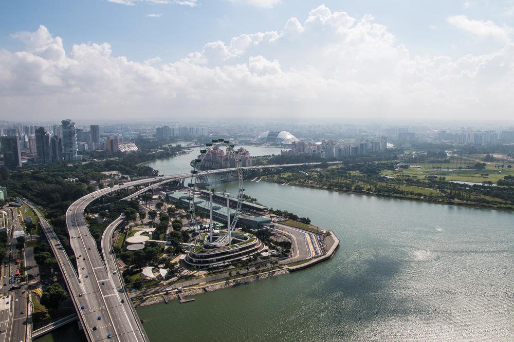Ausblick auf Singapore Flyer - Marina Bay Sands Hotel