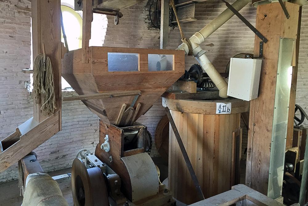 14 Mühle innen