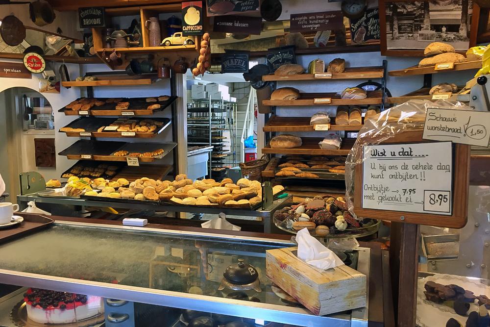 16 Bäckerei Theke
