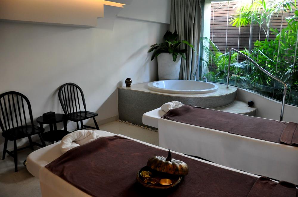 LIT Hotel Bangkok Spa