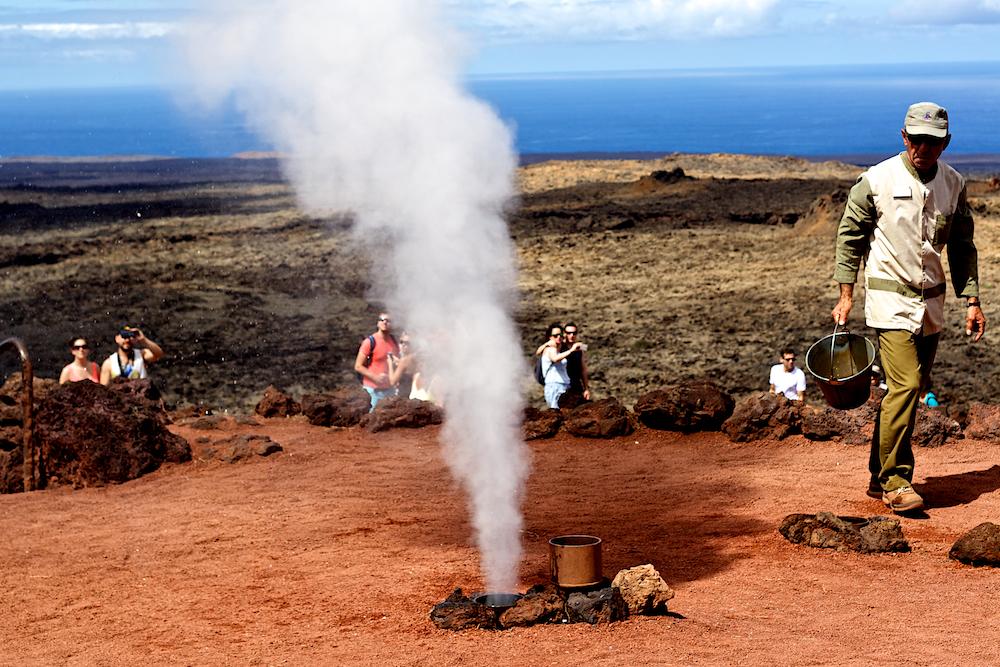 Lanzarote Timanfaya Nationalpark Experimente