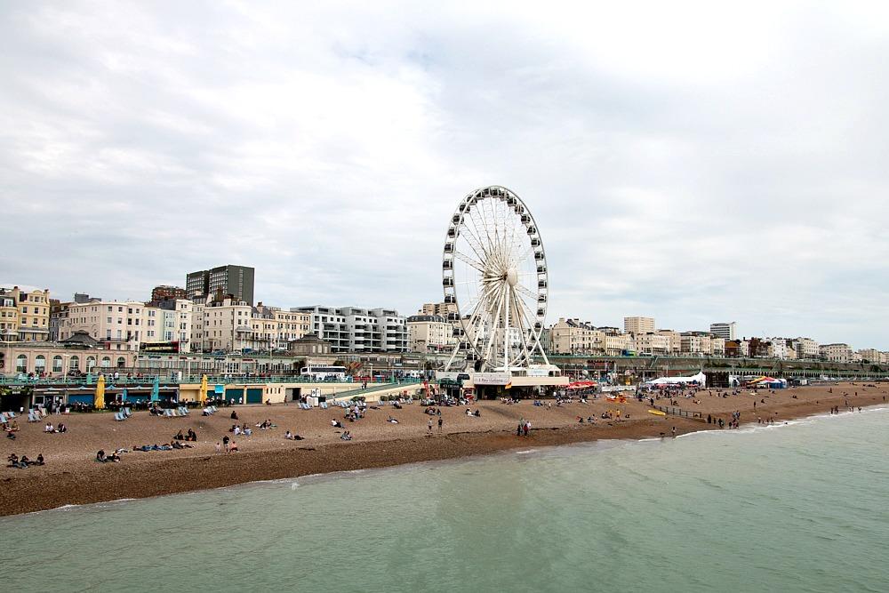 Brighton Strand mit Brighton Wheel