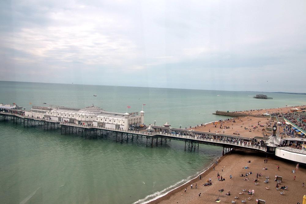 Brighton Pier vom Brighton Wheel aus