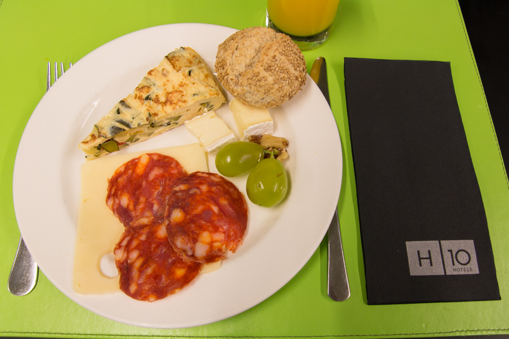 H10 Casanova Hotel - Frühstück