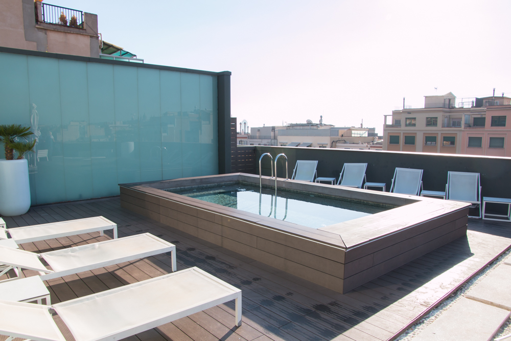Pool H10 Casanova Hotel