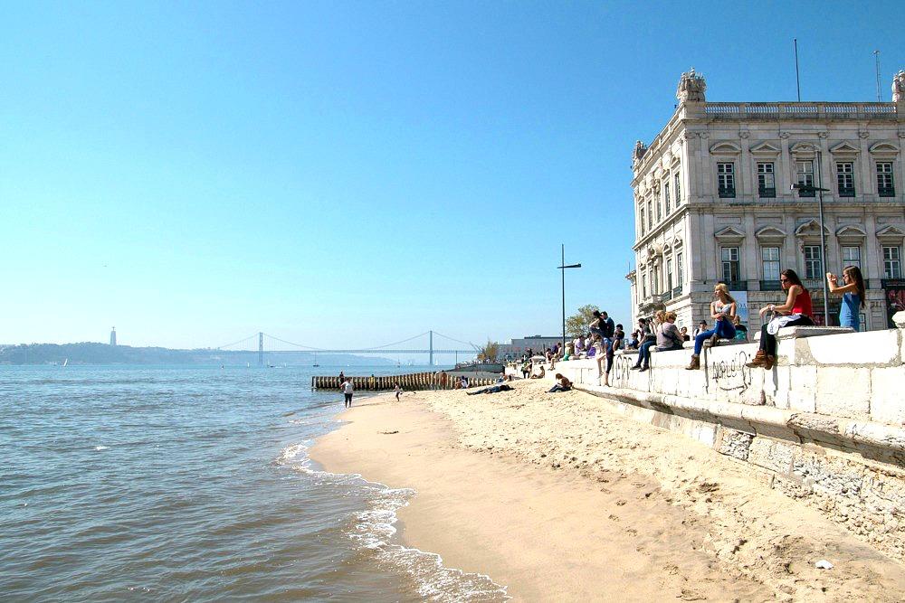 Strand Lissabon Portugal