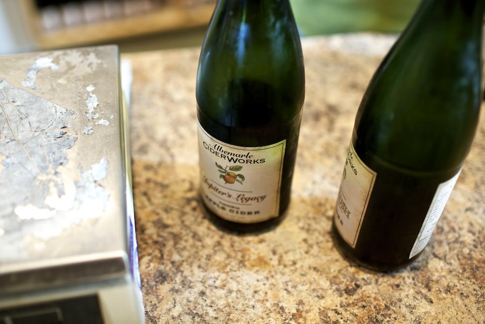 12. USA Virginia Cider tasting Albemarle Cider Works_1