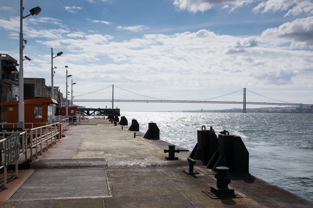 30 Portugal Lissabon Tejo Bootsfahrt Ariane Bille