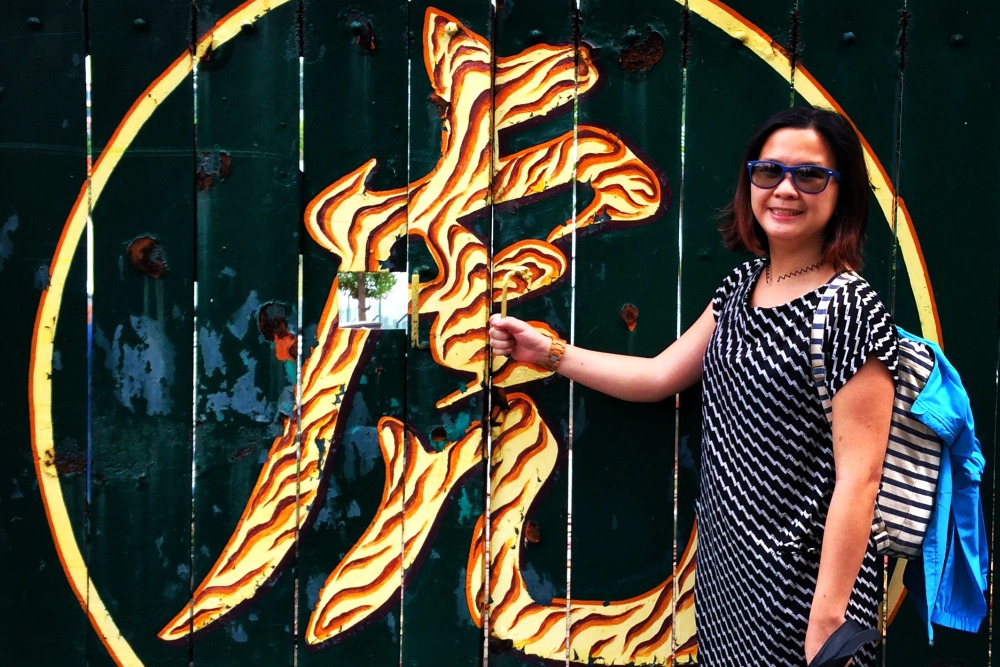 Travel Blogger Jac at Haw Par Villa
