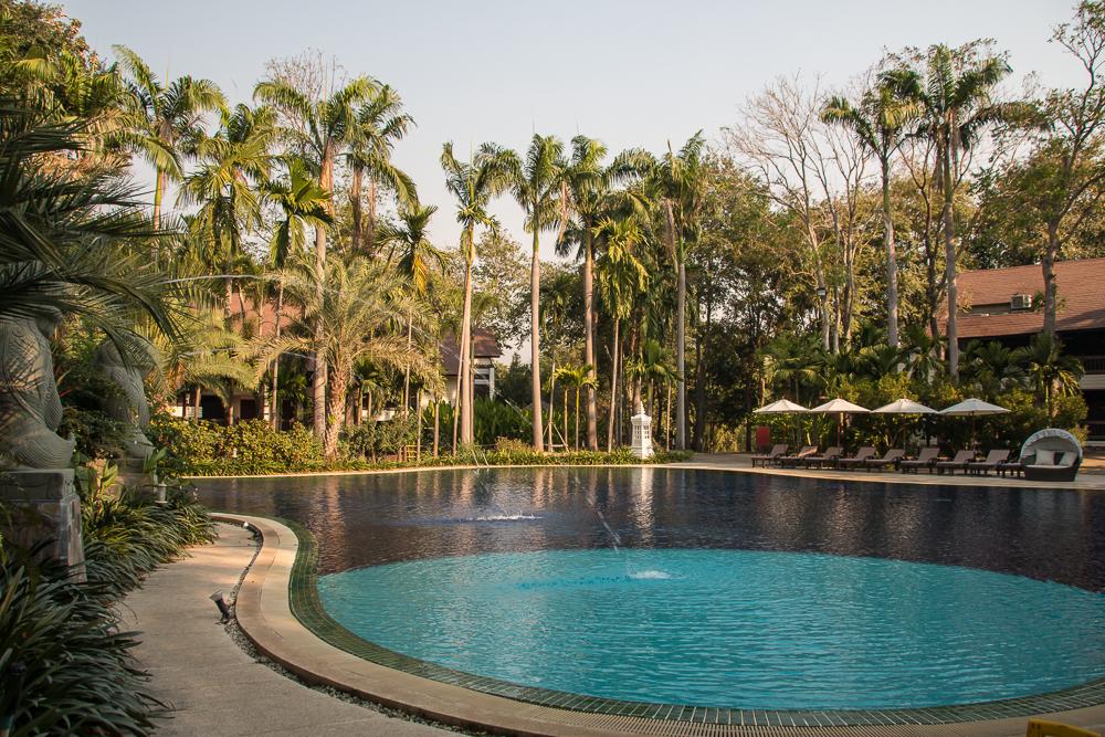 1-Thailand-Mida-Resort-Kanchanaburi-Pool