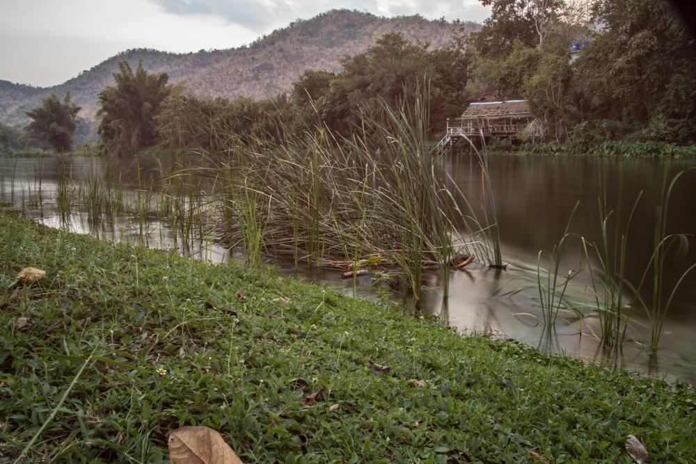 8-Thailand-Kwai-Flussufer-1