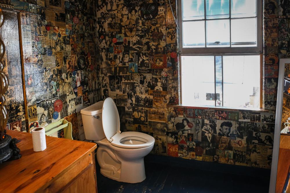 Blue Heaven Toilette