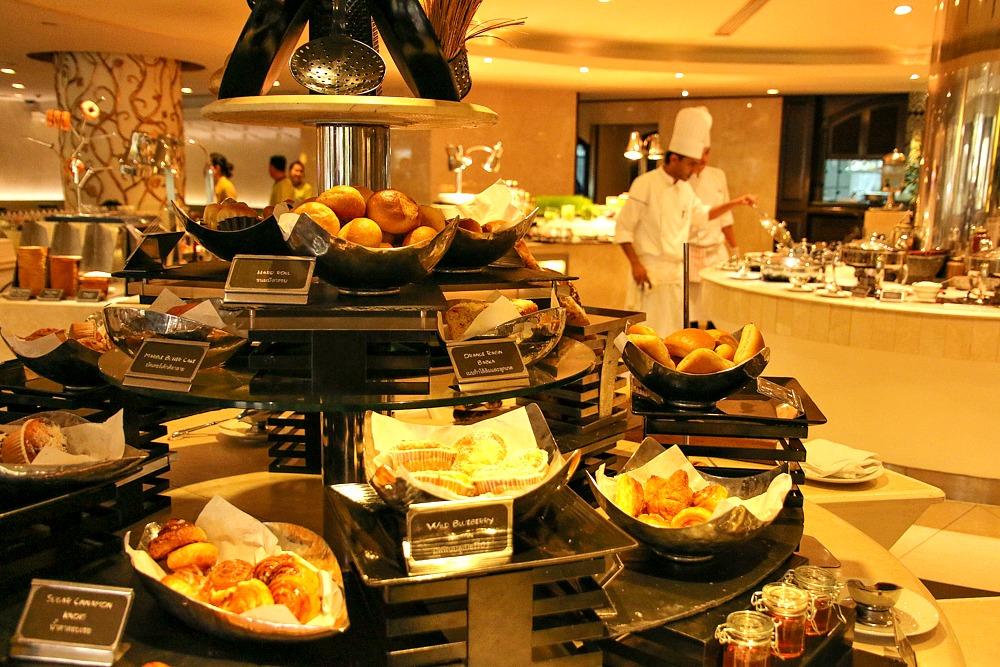 Dusit Thani Bangkok Thailand Frühstücksbuffet
