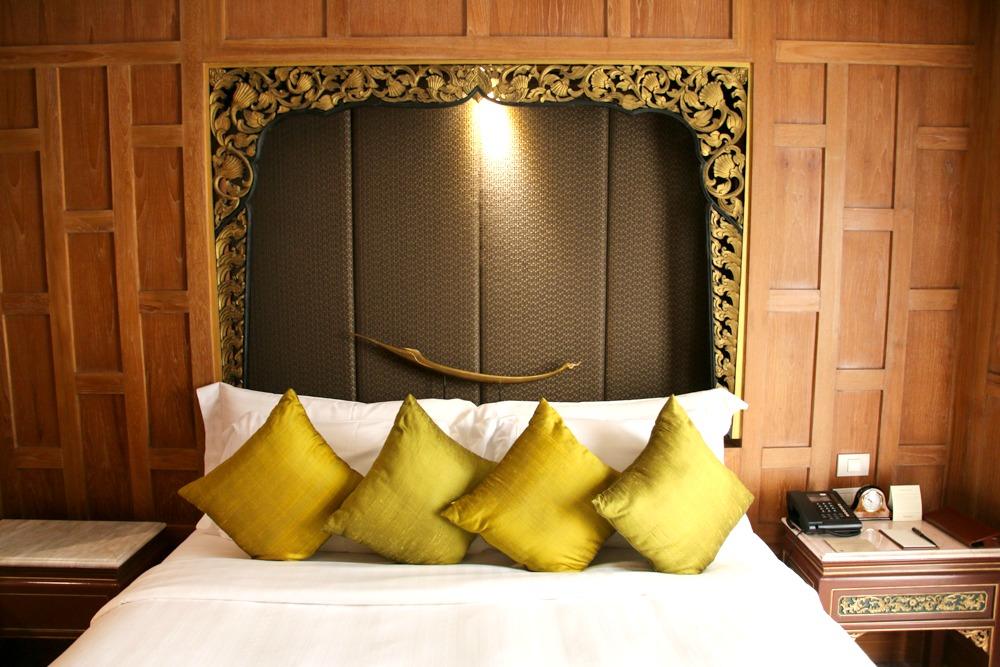 Dusit Thani Hotel Bangkok Thailand Schlafzimmer