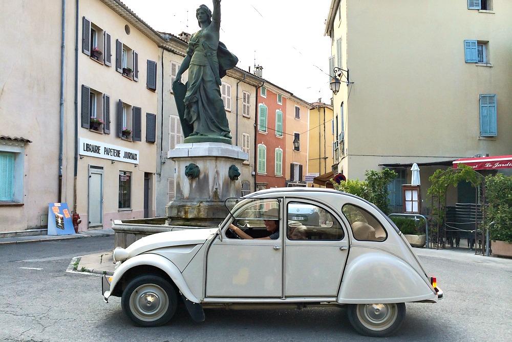Ente Citroen 2CV Auto Südfrankreich Frankreich