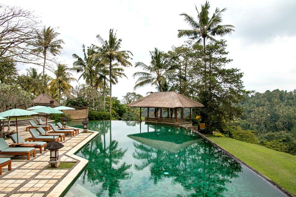 Infinity Pool Amandari Luxury Hotel Bali