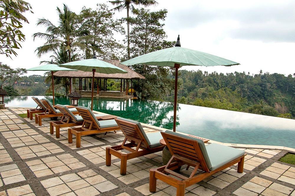 Infinity Pool Luxus Hotel Amandari Bali
