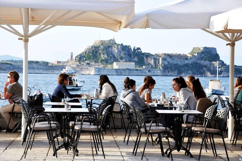 13_Restaurant und Cafe Nautilus Garitsa Bucht Korfu Stadt Kerkyra
