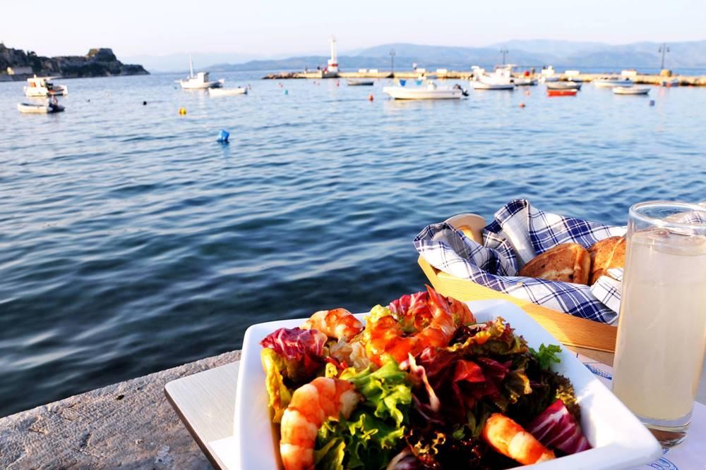 14_Restaurant und Cafe Nautilus Garitsa Bucht Korfu Essen