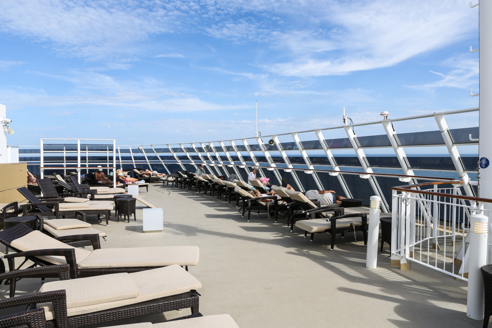 20 Norwegian Epic Sonnendeck