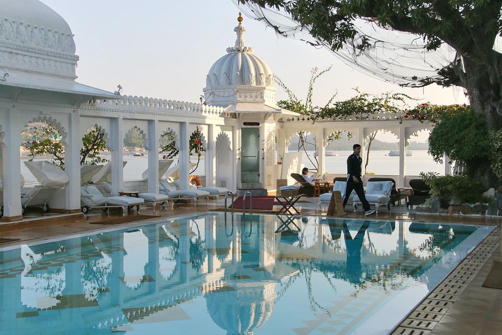 Taj Lake Palace Hotel Udaipur Indien Pool